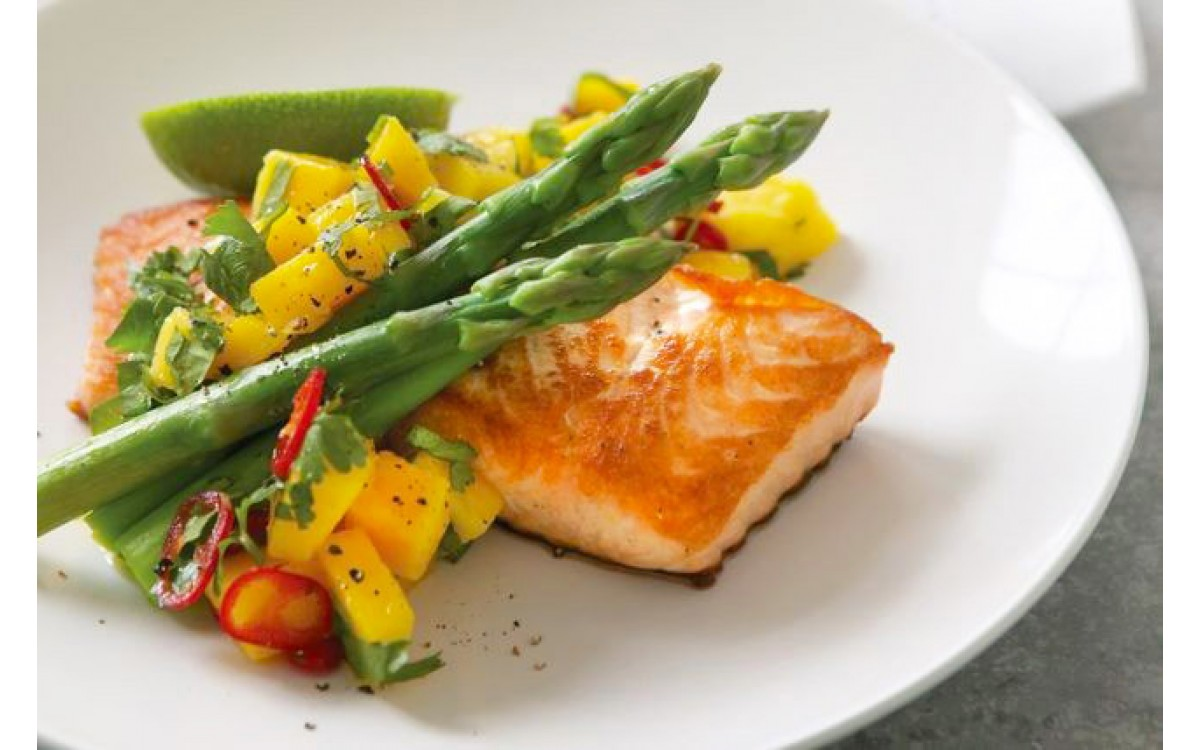 Salmon with mango